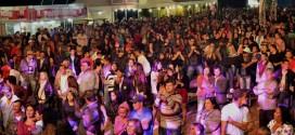 Grande público da região prestigia Expovieiras 2014 / XII Concurso Leiteiro