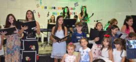 VII APRESENTAÇÃO MUSICAL DA ESCOLA DE MÚSICA DE SAMILA JABOR